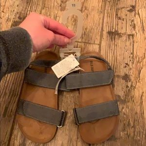Boys Old Navy Sandals
